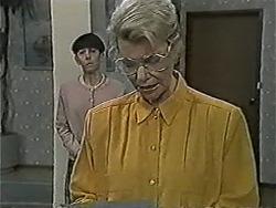 Hilary Robinson, Helen Daniels in Neighbours Episode 1063