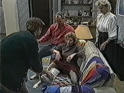 Clive Gibbons, Jim Robinson, Beverly Robinson, Helen Daniels in Neighbours Episode 1067