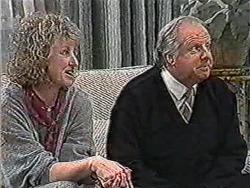 Rona Jarrett, Ben Jarrett in Neighbours Episode 1069