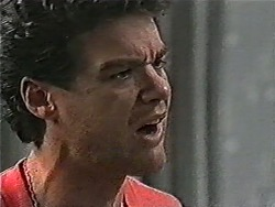 Paul Robinson in Neighbours Episode 1069