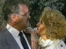 Harold Bishop, Madge Bishop in Neighbours Episode 1070