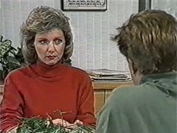 Beverly Marshall, Clive Gibbons in Neighbours Episode 1070