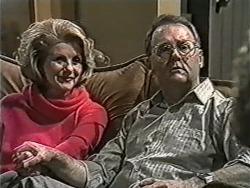 Madge Bishop, Harold Bishop in Neighbours Episode 1070