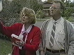 Madge Bishop, Harold Bishop in Neighbours Episode 1071