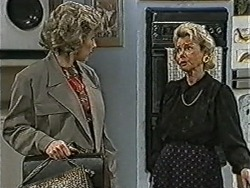 Beverly Robinson, Helen Daniels in Neighbours Episode 1072
