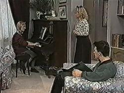 Melissa Jarrett, Sharon Davies, Matt Robinson in Neighbours Episode 1072
