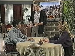 Todd Landers, Clive Gibbons, Melanie Pearson in Neighbours Episode 1072