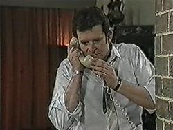 Des Clarke in Neighbours Episode 1072