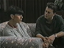 Hilary Robinson, Matt Robinson in Neighbours Episode 1072