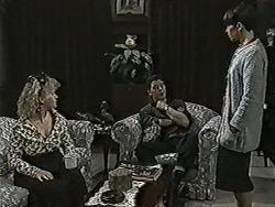 Sharon Davies, Matt Robinson, Hilary Robinson in Neighbours Episode 1073