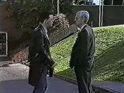 Matt Robinson, Kenneth Muir in Neighbours Episode 1073