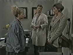 Sharon Davies, Clive Gibbons, Beverly Marshall in Neighbours Episode 1075