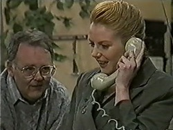 Harold Bishop, Melanie Pearson in Neighbours Episode 1075