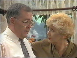 Harold Bishop, Madge Bishop in Neighbours Episode 1244