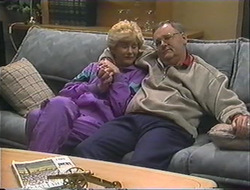 Madge Bishop, Harold Bishop in Neighbours Episode 1244