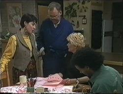 Kerry Bishop, Harold Bishop, Madge Bishop, Eddie Buckingham in Neighbours Episode 1255