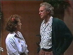 Pam Willis, Jim Robinson in Neighbours Episode 1831