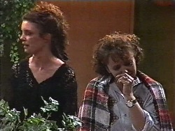 Gaby Willis, Pam Willis in Neighbours Episode 1831