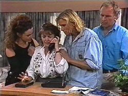 Gaby Willis, Pam Willis, Brad Willis, Jim Robinson in Neighbours Episode 1831