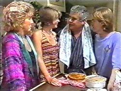 Cheryl Stark, Danni Stark, Lou Carpenter, Brett Stark in Neighbours Episode 2120