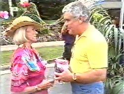 Helen Daniels, Lou Carpenter in Neighbours Episode 2120