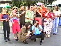 Debbie Martin, Hannah Martin, Pam Willis, Michael Martin, Brett Stark, Philip Martin, Julie Martin, Doug Willis, Cheryl Stark, Sally Pritchard in Neighbours Episode 2120