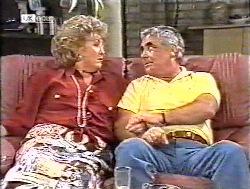 Cheryl Stark, Lou Carpenter in Neighbours Episode 2120