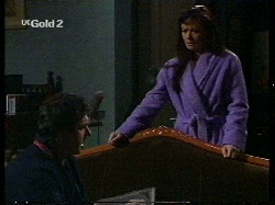 Karl Kennedy, Susan Kennedy in Neighbours Episode 2711