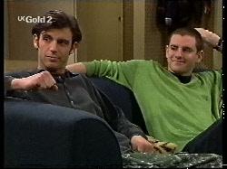 Malcolm Kennedy, Luke Handley in Neighbours Episode 2713