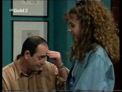 Philip Martin, Hannah Martin in Neighbours Episode 2716