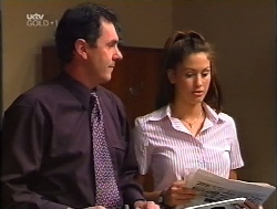 Karl Kennedy, Sarah Beaumont in Neighbours Episode 3223
