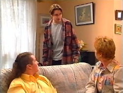 Toadie Rebecchi, Tad Reeves, Coral Reeves in Neighbours Episode 3224