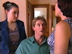 Geri Hallet, Mike Healy, Libby Kennedy in Neighbours Episode 3228