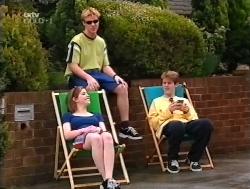 Anne Wilkinson, Billy Kennedy, Lance Wilkinson in Neighbours Episode 3228