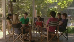 Sunny Lee, Donna Freedman, Declan Napier, Bridget Parker, Zeke Kinski, Kyle Canning, Ringo Brown in Neighbours Episode 5686