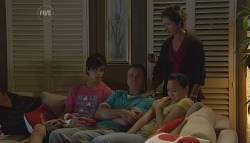 Zeke Kinski, Karl Kennedy, Susan Kennedy, Sunny Lee in Neighbours Episode 5688