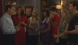 Paul Robinson, Rebecca Napier, Donna Freedman, Bridget Parker, Declan Napier, Elle Robinson, Lucas Fitzgerald in Neighbours Episode 5688