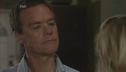 Paul Robinson, Elle Robinson in Neighbours Episode 5688