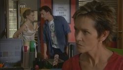 Elle Robinson, Lucas Fitzgerald, Susan Kennedy in Neighbours Episode 5689