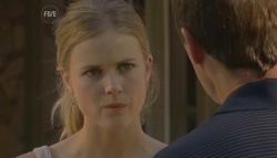 Elle Robinson, Paul Robinson in Neighbours Episode 5689