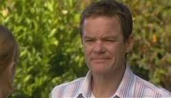 Paul Robinson in Neighbours Episode 5691
