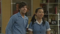 Zeke Kinski, Sunny Lee in Neighbours Episode 5691