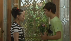 Sunny Lee, Zeke Kinski in Neighbours Episode 5691