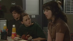 Harry Ramsay, Sophie Ramsay, Kate Ramsay in Neighbours Episode 5693