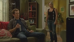 Greg Michaels, Steph Scully in Neighbours Episode 5695
