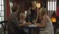 Greg Michaels, Charlie Hoyland, Steph Scully in Neighbours Episode 5695