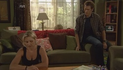 Steph Scully, Greg Michaels in Neighbours Episode 5695