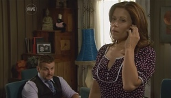 Toadie Rebecchi, Rebecca Napier in Neighbours Episode 5696