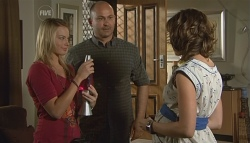 Donna Freedman, Steve Parker, Bridget Parker in Neighbours Episode 5697