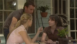 Lucas Fitzgerald, Elle Robinson, Kate Ramsay in Neighbours Episode 5697